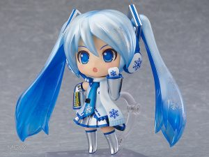 Nendoroid Snow Miku 2.0 by Good Smile Company 2