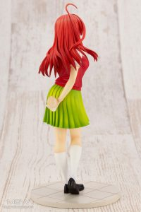 Nakano Istuki by Kotobukiya from The Quintessential Quintuplets 3 MyGrailWatch Anime Figure Guide