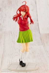 Nakano Istuki by Kotobukiya from The Quintessential Quintuplets 8 MyGrailWatch Anime Figure Guide
