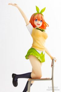 Nakano Yostuba by Kotobukiya from The Quintessential Quintuplets 10 MyGrailWatch Anime Figure Guide