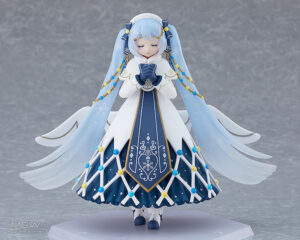 figma Snow Miku Glowing Snow Ver. by Max Factory 6 MyGrailWatch Anime Figure Guide