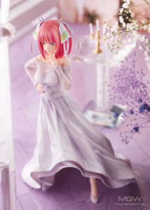 Nakano Nino Wedding Ver. by AMAKUNI from The Quintessential Quintuplets 21 MyGrailWatch Anime Figure Guide