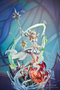 Elementalist Lux by Good Smile Arts Shanghai from League of Legends 9 MyGrailWatch Anime Figure Guide